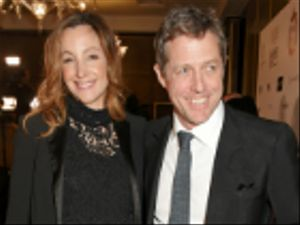 Hugh Grant: lo scapolo d'oro d'Inghilterra si sposa