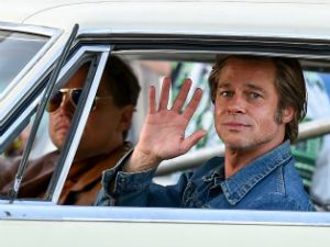Once Upon a Time in Hollywood: lo stiloso poster con Pitt e DiCaprio