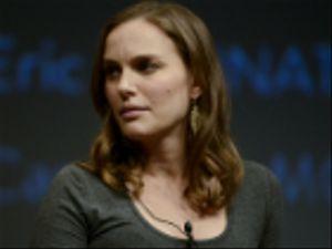 """Natalie Portman dice no al """"Nobel ebraico"""": ecco perché"""