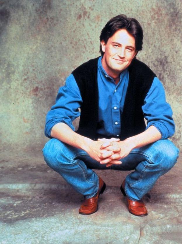 """Chandler Bing (Matthew Perry) - """"Friends"""""""