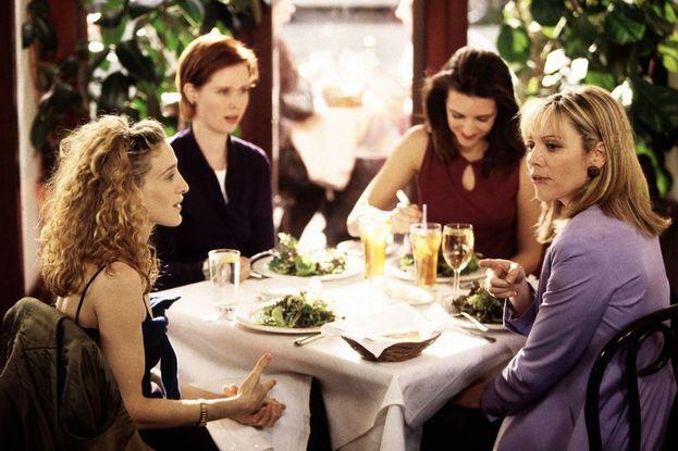 """Carrie: """"Teniamo dei vestiti che non metteremo più, ma buttiamo via i nostri ex uomini""""."""