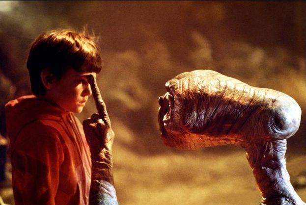"17. ""E.T. - L'extra-terrestre"" - 792,9 milioni di dollari"