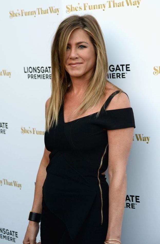 Jennifer Aniston - Pony express