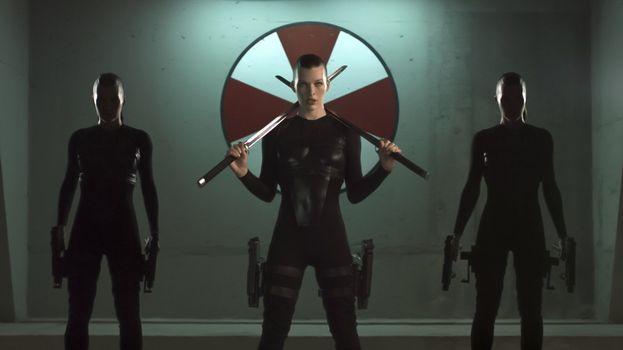 """""""Resident Evil: Afterlife"""" (2010) - Alice"""