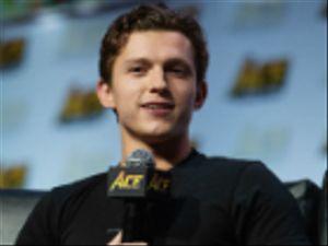 Spider-Man, Tom Holland ha svelato il titolo del nuovo film