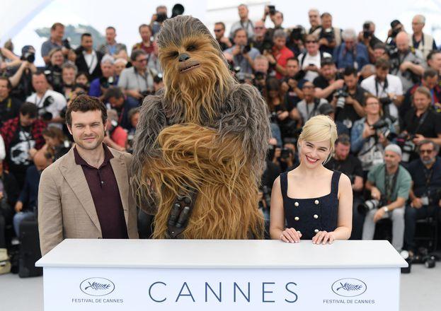 Alden Ehrenreich, Chewbacca ed Emilia Clarke