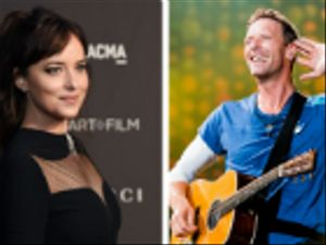 Dakota Johnson e Chris Martin si stanno per sposare?