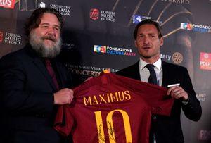 Russell Crowe: le foto dell'incontro con Francesco Totti