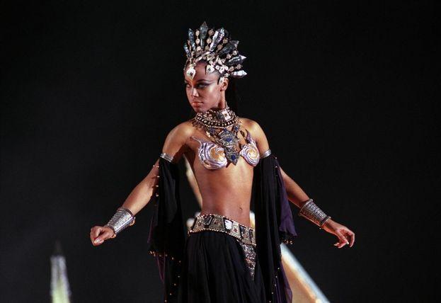 """Queen Akasha (Aaliyah) - """"La regina dei dannati"""" (2002)"""
