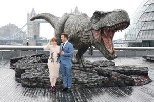 Jurassic World - Il regno distrutto: le foto promozionali con Chris Pratt e Bryce Dallas Howard