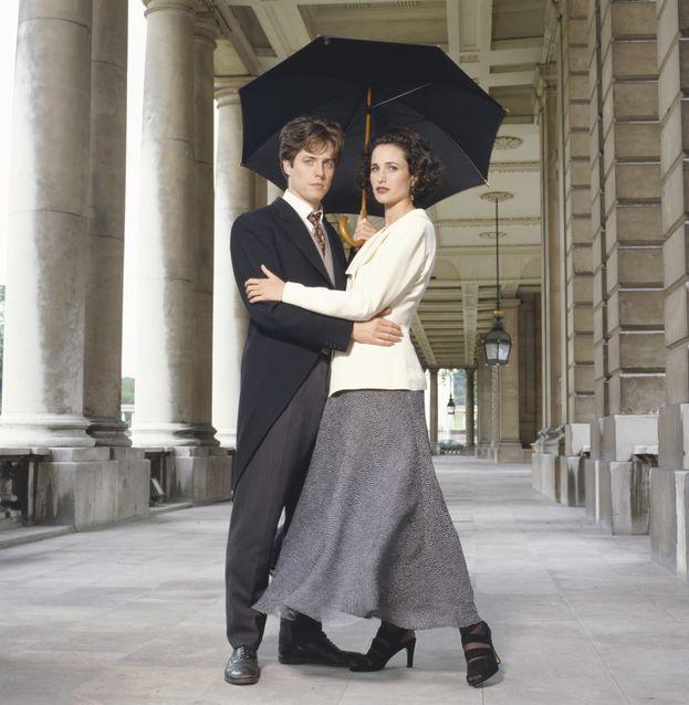 """Hugh Grant e Andie MacDowell - """"Quattro matrimoni e un funerale"""" (1994)"""