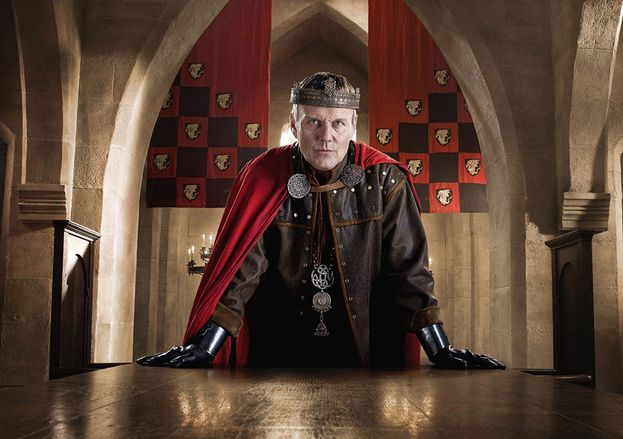 Uther Pendragon (Anthony Head)