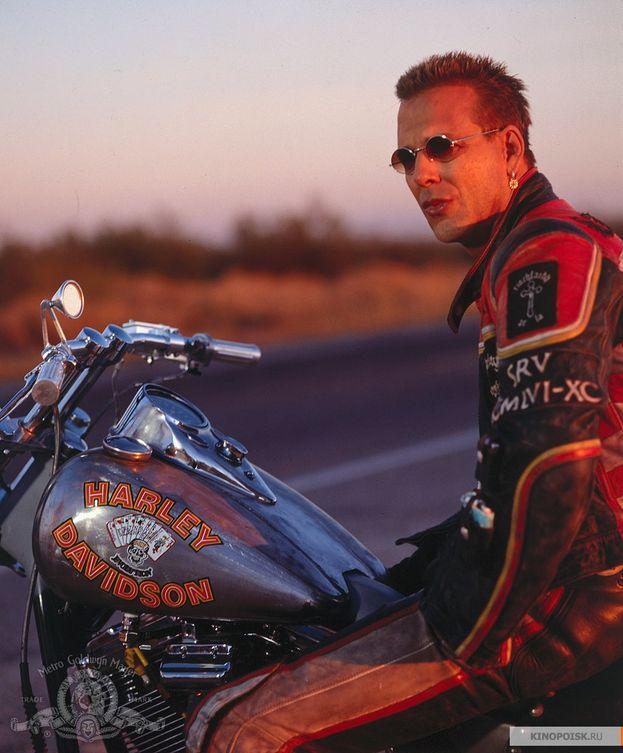 """Harley Davidson e Marlboro Man"" (1991)"