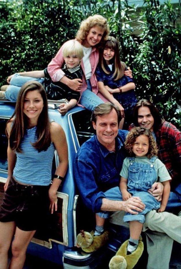 """1996 - Jessica Biel e la famiglia di """"Settimo Cielo"""", stagione 1"""
