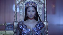 Nicki Minaj, regina d'Inghilterra nel video di