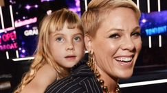 Pink: con la figlia Willow nel video