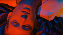 Troye Sivan super hot nel video del nuovo singolo