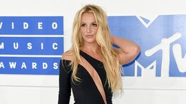 Britney Spears ha fatto una gaffe super LOL sul palco del Radio City Music Hall