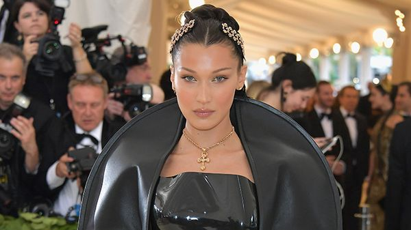 Bella Hadid a Cannes: tutti i sexy look che hanno fatto arrossire la croisette