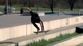 "Gli skater Daniele Galli e Kevin Duran tornano con gli extra footage del video ""What's for Lunch""!"