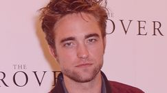Robert Pattinson e Suki Waterhouse: coccole e baci tra i due attori durante un appuntamento
