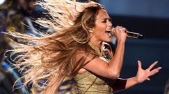 Jennifer Lopez ha rivelato il suo beauty look preferito di sempre
