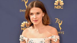 Emmys 2018, Millie Bobby Brown: un romantico abito da principessa sul red carpet