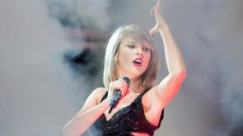 Taylor Swift ha cantato dal vivo