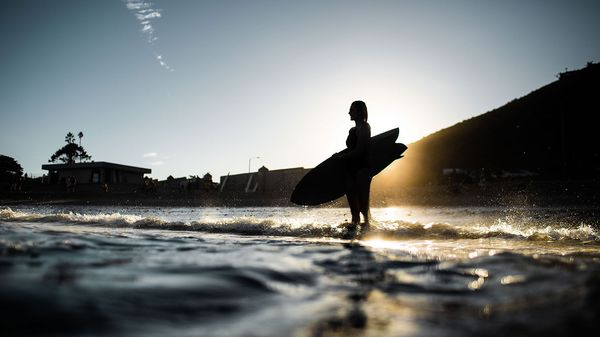 Malibù: una giornata di surf con Stephanie Gilmore [Foto]