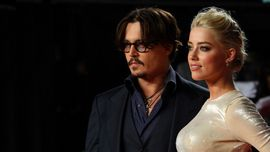 Johnny Depp ha fatto causa a Amber Heard, accusandola di averlo tradito con Elon Musk