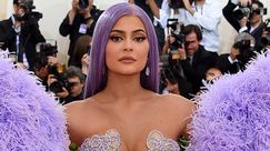 Kylie Jenner posa in lingerie su Instagram per l'ultimo post sexy del 2019!