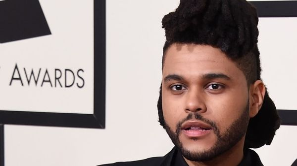 "The Weeknd in versione Game of Thrones nel video di ""Power Is Power"""