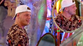 Just Tattoo of Us: un tatuaggio che svela un imbarazzante segreto per Alex di Geordie Shore
