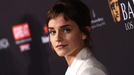 Emma Watson ha condiviso un'epica foto in costume con J.K. Rowling