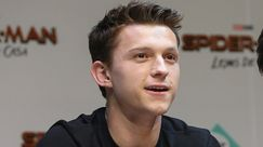 Tom Holland ha descritto la sua vita sentimentale con una parola che non ti saresti mai aspettato