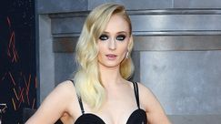 Sophie Turner si pentirà per sempre del look che ha indossato al matrimonio di Kit Harrington