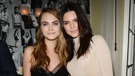 Kendall Jenner e Cara Delevingne insieme per un calendario: come non le avevi mai viste