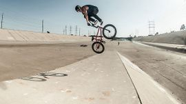 Pat Casey: una vita per la BMX [Video]