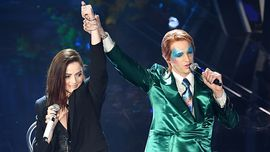 Achille Lauro: Ziggy Stardust sul palco di Sanremo 2020 per dire no alla mascolinità tossica