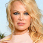 Pamela Anderson ha detto addio ai social: