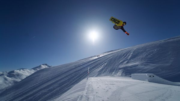 L'equilibrio come stile di vita: a tu per tu con lo snowboarder italiano Ian Matteoli