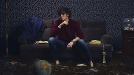 Michele Bravi ha rimandato l'uscita del nuovo album