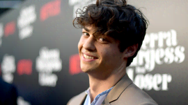 Black Adam: quanti incredibili muscoli ha messo Noah Centineo per interpretare Atom Smasher
