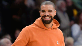 Drake ha la frangia - e non potrai credere ai tuoi occhi