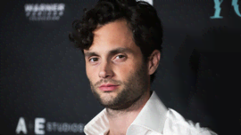 Un video di Penn Badgley che dice