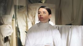 Federica Carta annuncia l'uscita del nuovo singolo