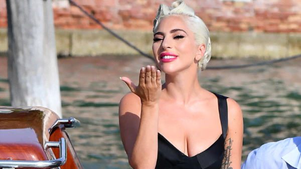 Lady Gaga e le immagini più belle dal set italiano di